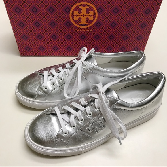 8f2196f6f9c964 Tory Burch Silver Chace Sneakers. M 5a6aae7fb7f72beb5e71ca25